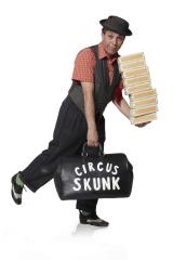 david skunk pr med kuffert